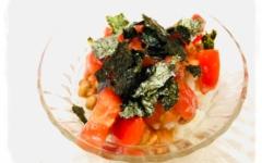 トマトのピリ辛サラサラお茶漬け風