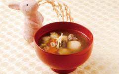 玄米団子のお月見スープ