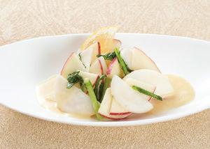 蕪とりんごのサラダ☆レモンクリームソース