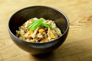 玄米かやくご飯
